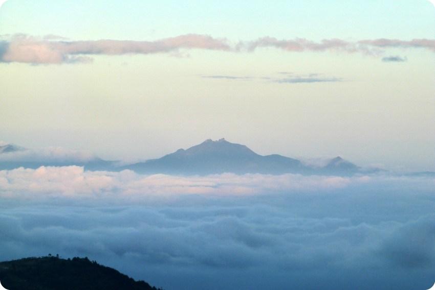 Vue de la montagne Munchique en face du parc naturel Puracé