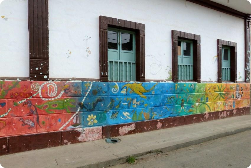 pinturas en muros de la ciudad de Silvia