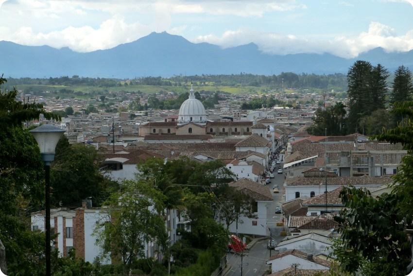 Vista de la catedral de Popayán desde Belén