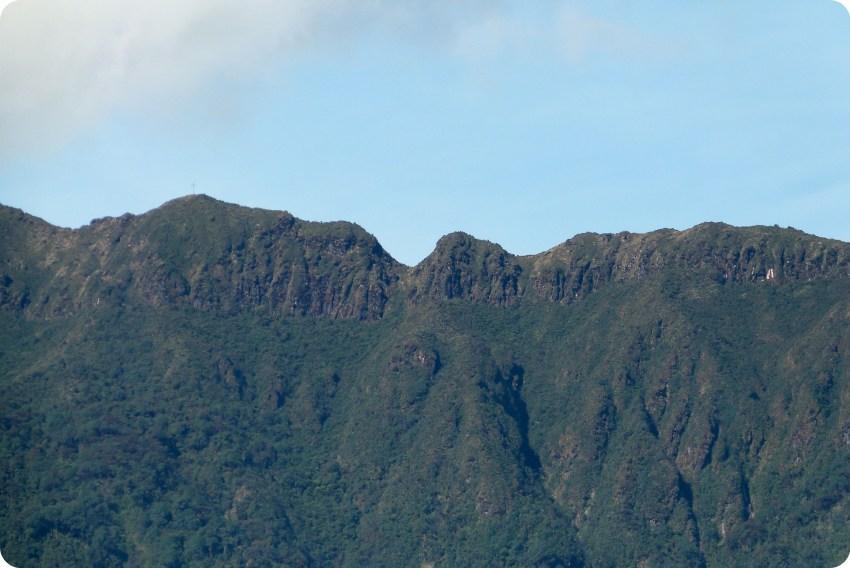 cime de la montagne à la lagune de la Cocha à Pasto