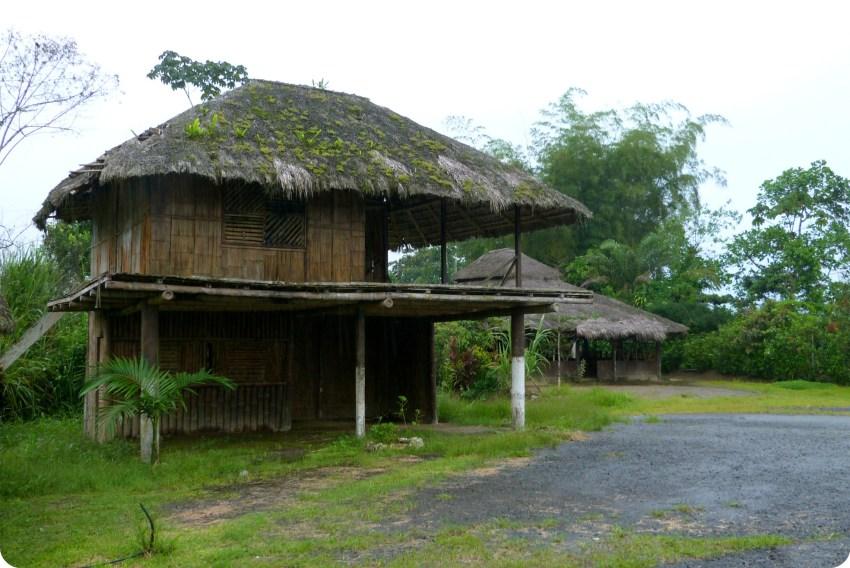 Casa de los Tsachila en Santo Domingo de los Colorados