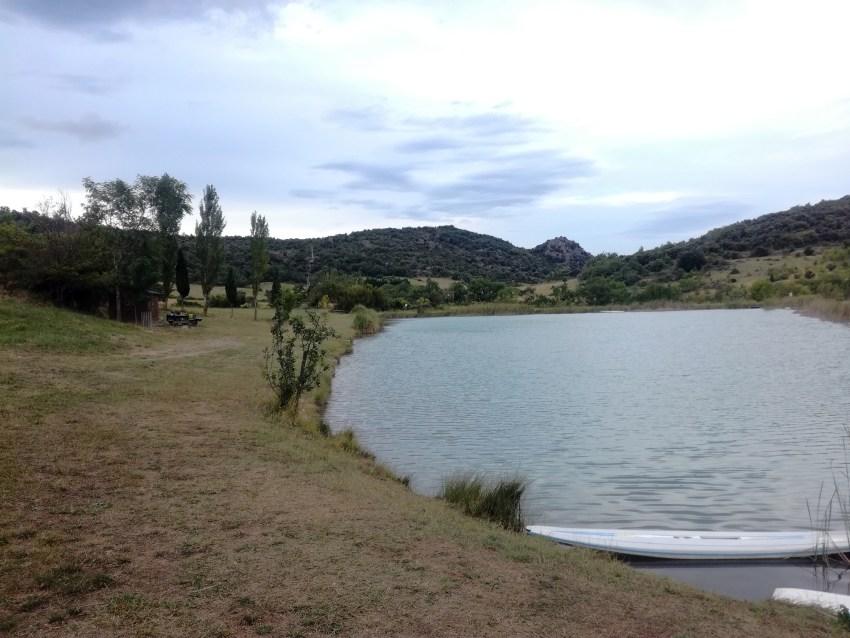 lac massac bivouac toilettes sèches voyage vélo