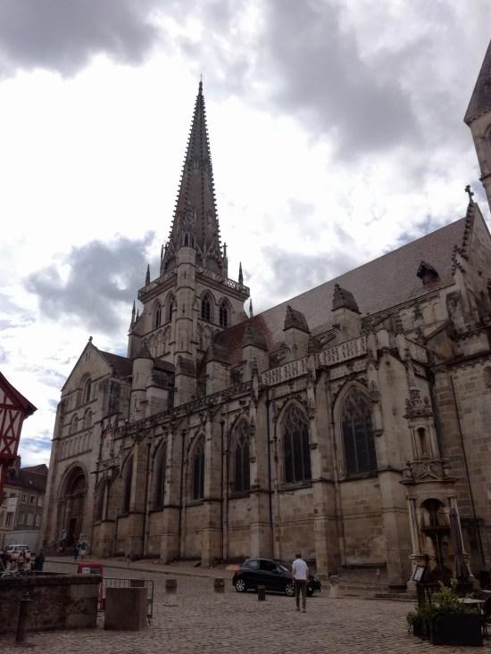Cathédrale Saint-Lazare Autun saone et loire voyage vélo