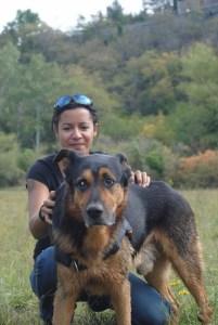 Instinct de Chien - Education, rééducation canine à domicile en Drôme Ardèche - Comportementaliste sur Montélimar et Aubenas - Complicité Shogun et Mélissa Ndongo