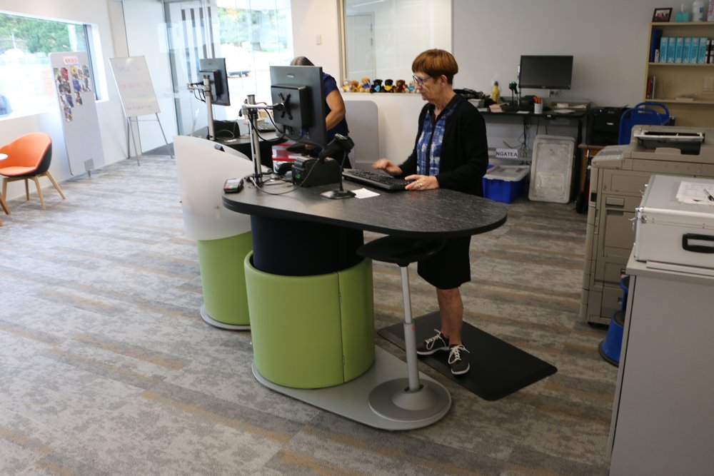 MUVMAN Stool fits neatly underneath our sit-to-stand YAKETY YAK 1500 counter at Paeroa Library.