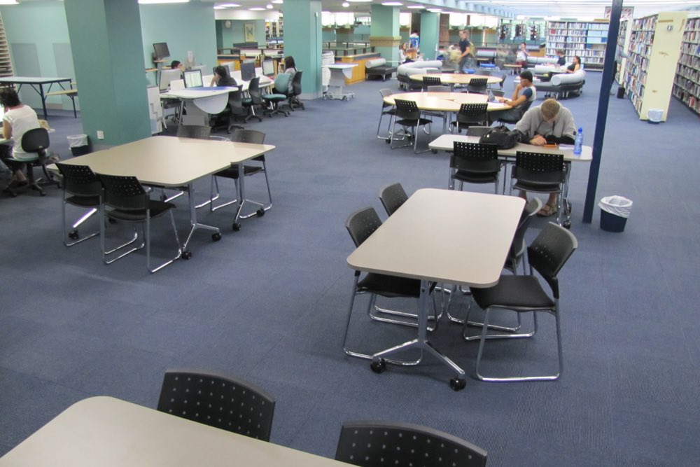 T1 RECTANGULAR Table deployed singularly and together at The University of Auckland General Library.