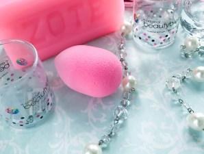 How I Clean My Beauty Blender- clean sponges