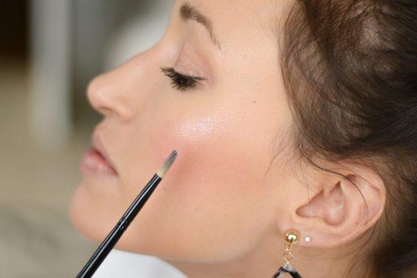 Makeup Monday: Almay Make Them Jelly Hi-Lite in Unicorn Glow