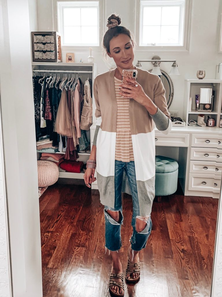 Cute casual fall outfit with a long cardigan; How to layer clothes