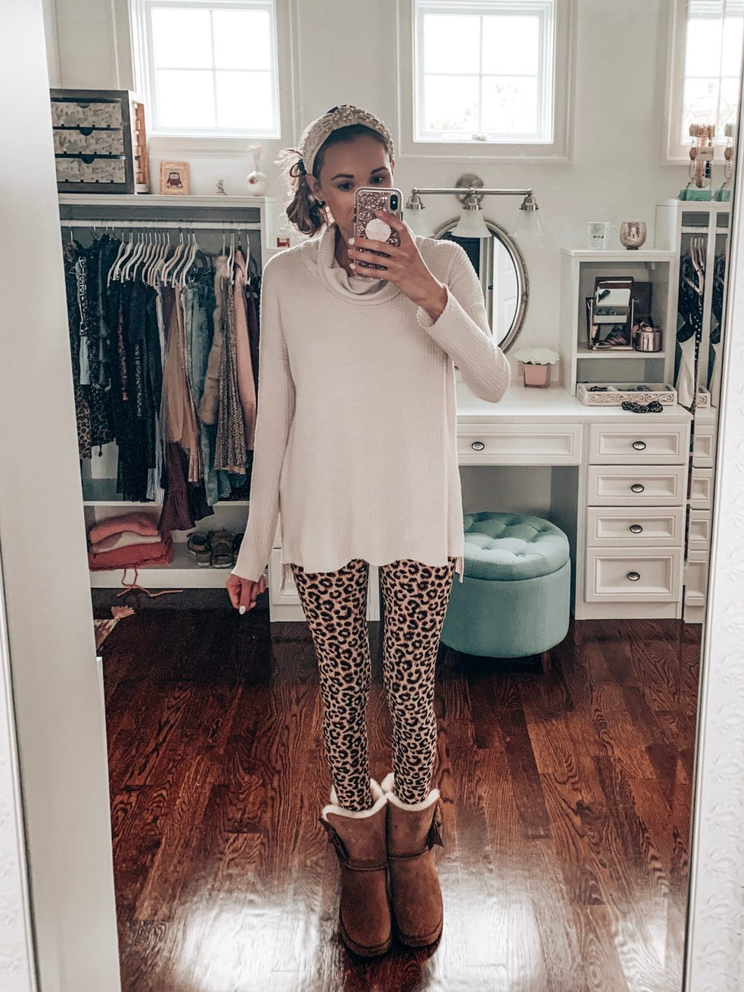 Casual fall outfit/winter outfit with leopard print leggings from Amazon
