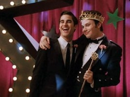 Glee-Prom-Kurt-Criss_320.jpg