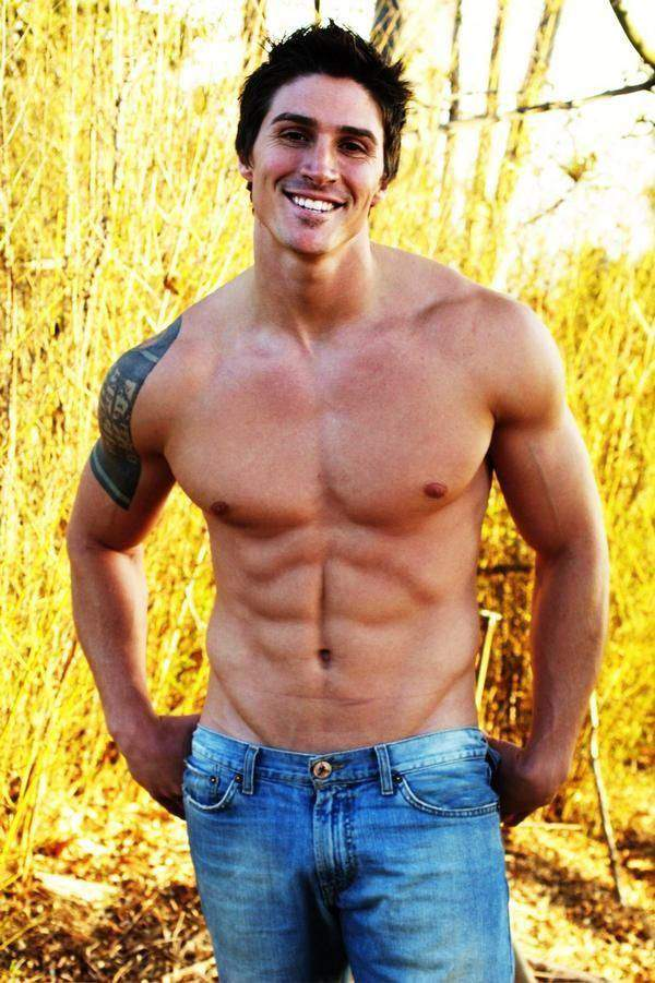 The 14 Hottest Guys to Ever Appear on Big Brother USA ...