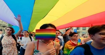 Romania_pride_parade_Photo_by_EPA-EFE_Bogdan_Cristel_625x327.jpg