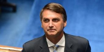 Jair_Bolsonaro_pela_EC_77_-_Médico_Militar_no_SUS.jpg