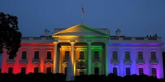 whitehouse-rainbow-700.jpg