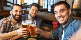 friends-drinking-beer-700.jpg