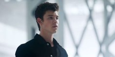 Shawn Mendes (screen capture via 'Youth' video)