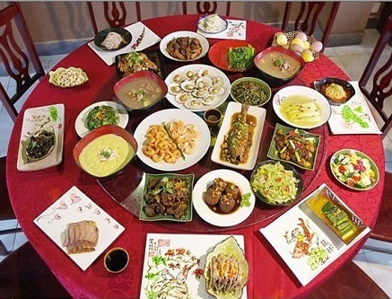 How-to-lay-the-table-in-Chinese-restaurants-2