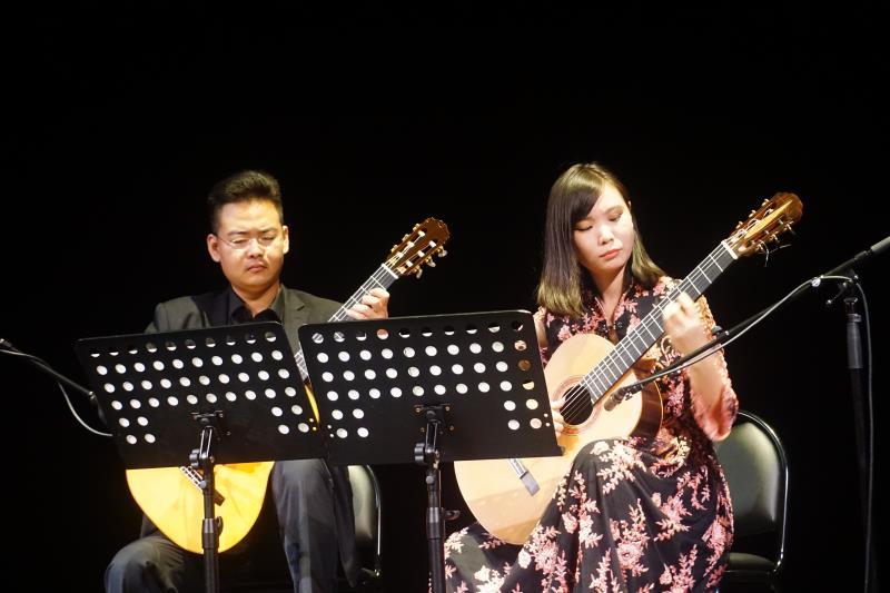 """中国青年吉他演奏家陈曦、杜春阳""""当古典吉他邂逅中国旋律""""音乐会"""