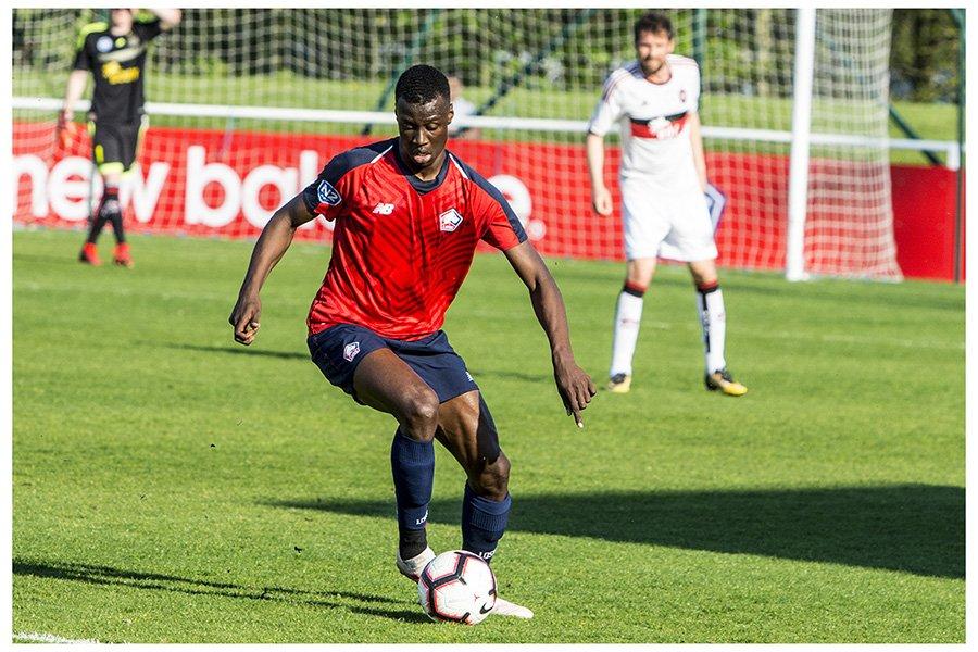Cheikh Niasse académie de soccer JMG de Blegique