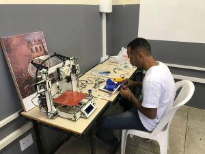 Laboratório de Robótica promete mudar a realidade de jovens canudenses