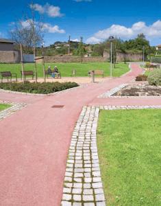 Veredas en áreas comunes, parque accesible
