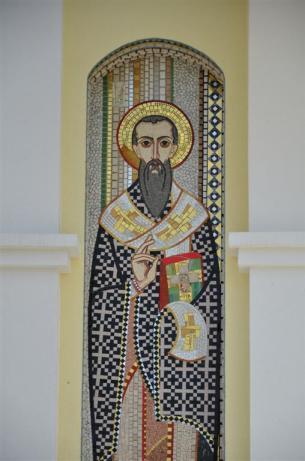 Mosaico de San Metodio, que se encuentra en la fachada del templo