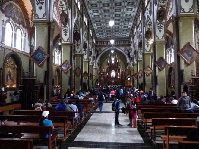 nuestra-senora-del-agua-santa-church-interior-banos-ecuador