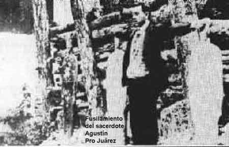 Institute of the Incarnate Word - Pequenos Cristeros (10)