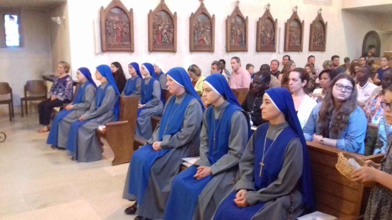 Servidoras-Monasterio-bendicion-clausura-1