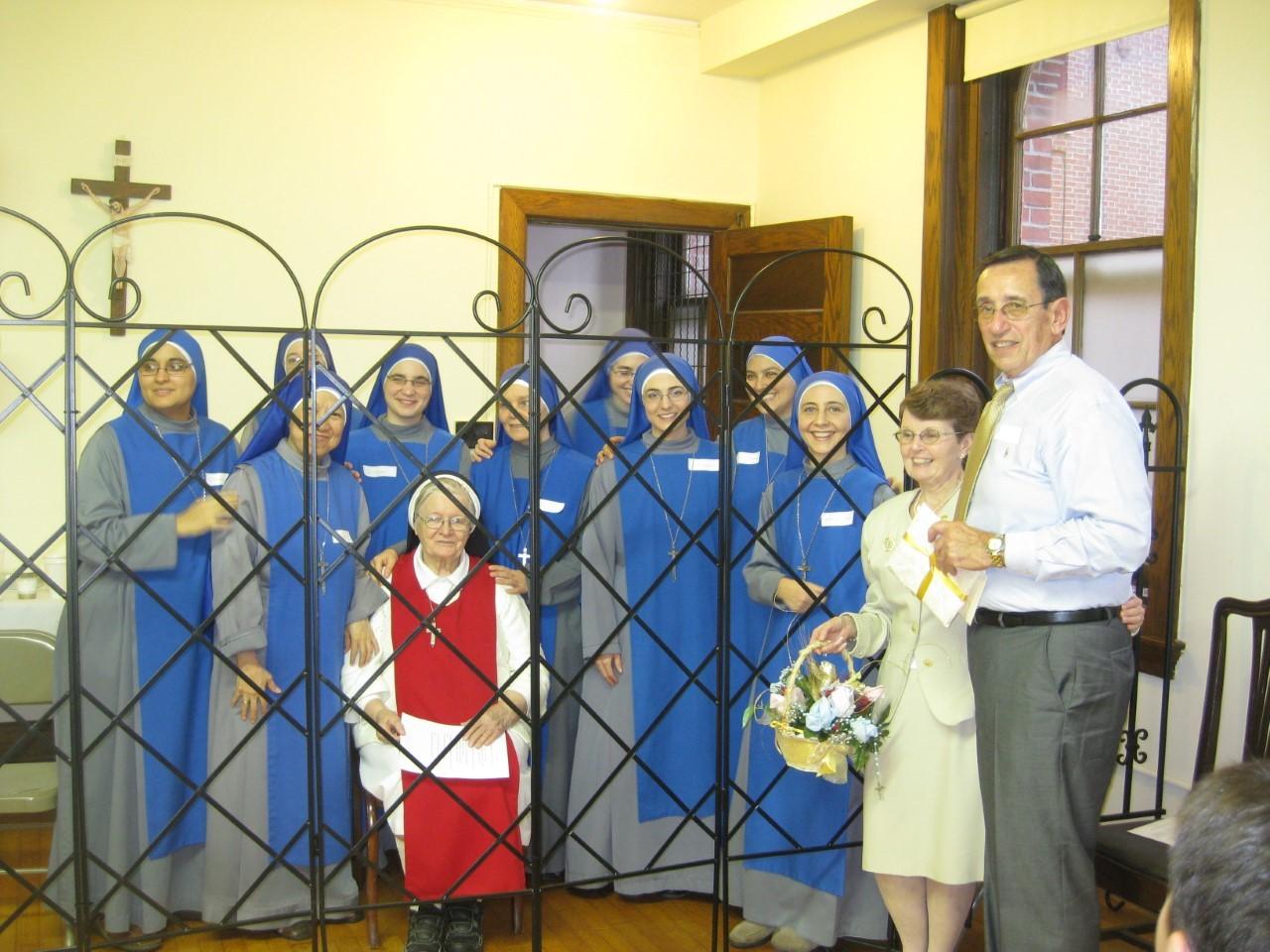 Familia Antonio SSVM Monasterio Saint Edith Stein