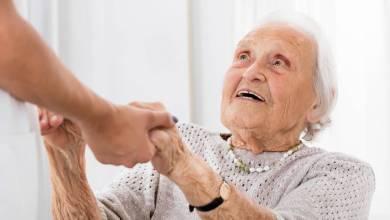 Como lidar com problemas cotidianos relacionados ao paciente com Alzheimer