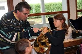 Où se procurer des instruments de musique d'occasions – Les écoles de musique