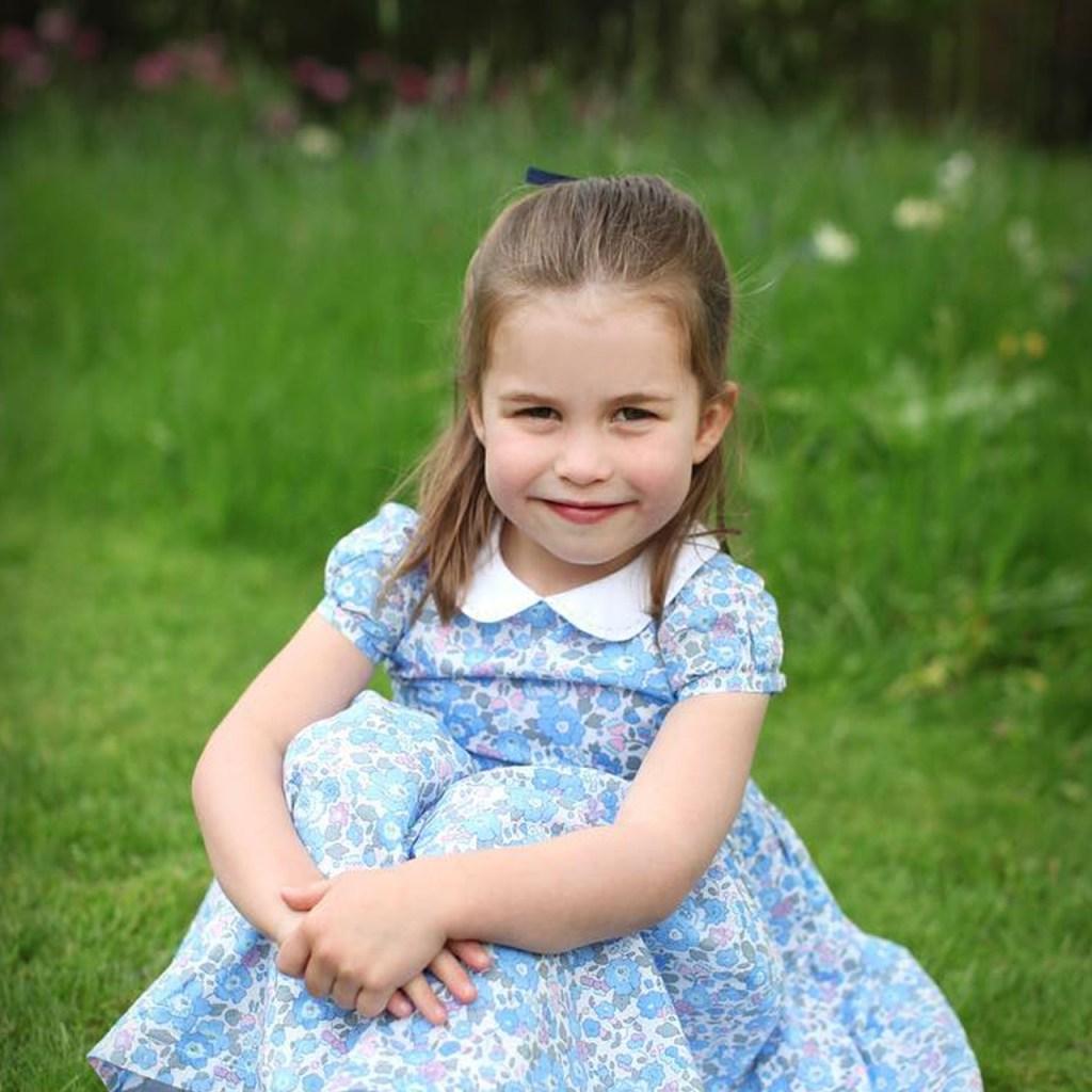 Tu dosis de ternura de hoy es cortesía de la Princesa Charlotte