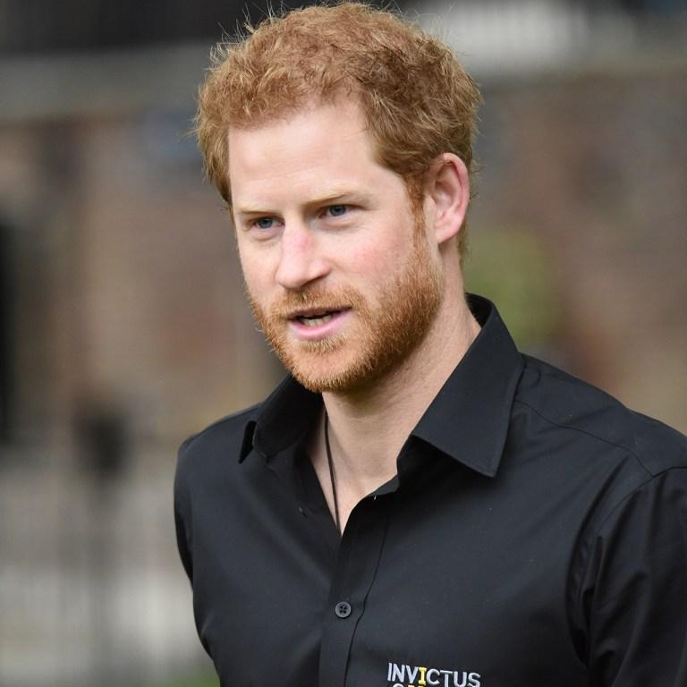 Espera, ¿por qué el príncipe Harry está con Ed Sheeran?