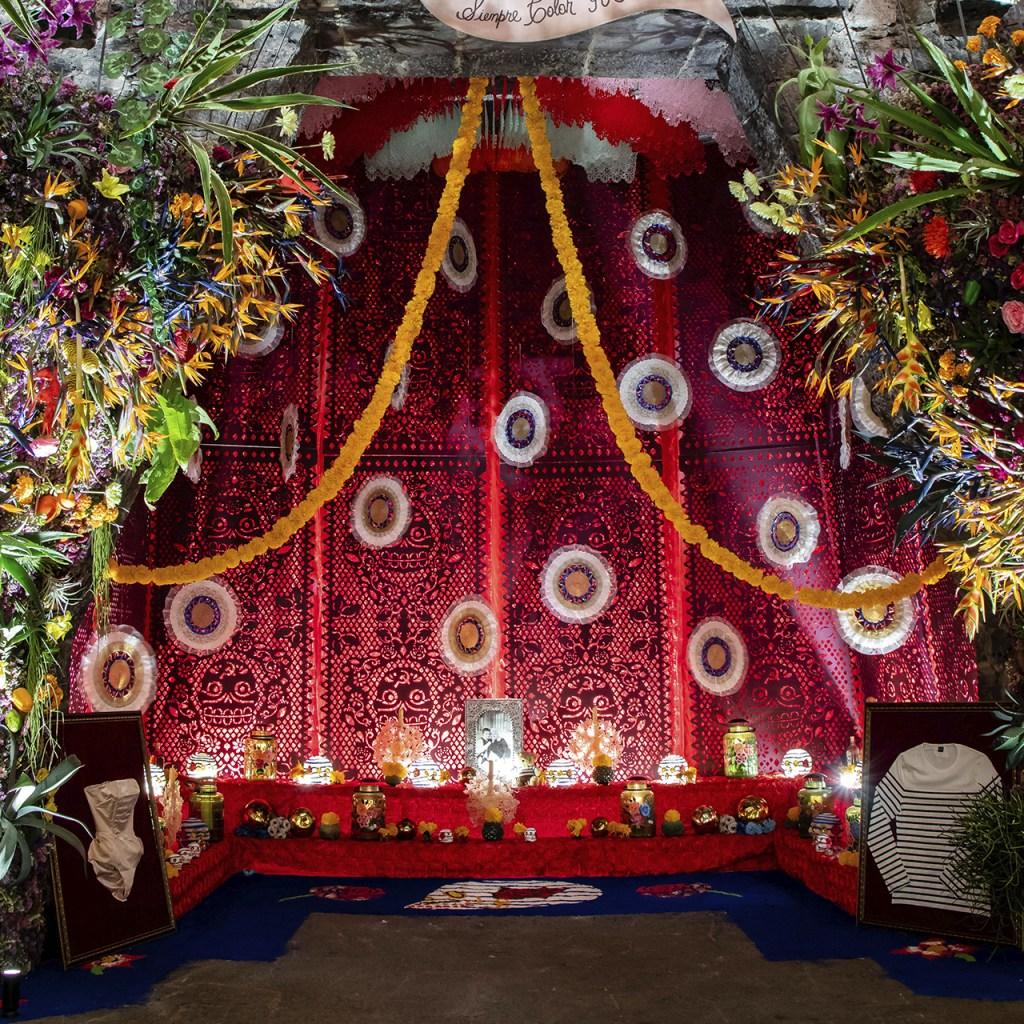 Jean Paul Gaultier colabora en la Ofrenda de Día de Muertos del Museo Anahuacalli