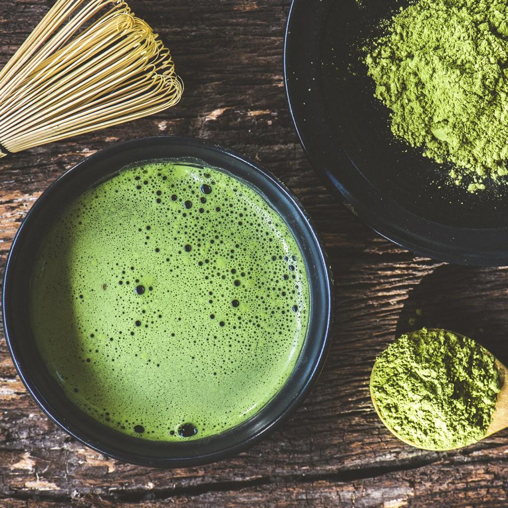 Té verde vs café: ¿Cuál es mejor fuente de cafeína?