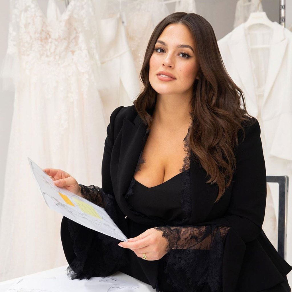 Ashley Graham creó una colección de vestidos de novia body positive