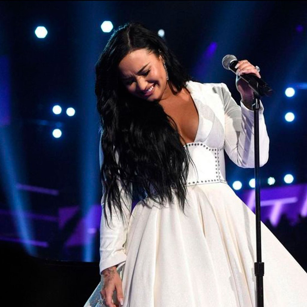 Demi Lovato accidentalmente hizo 'Instagram official' su relación