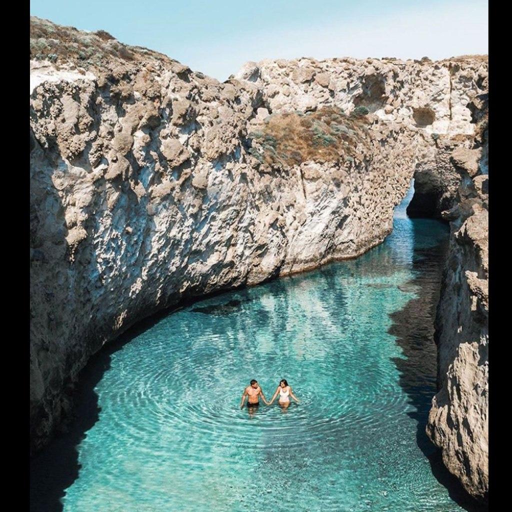 El gobierno de Grecia quiere invitarte a sus playas para que viajes en verano