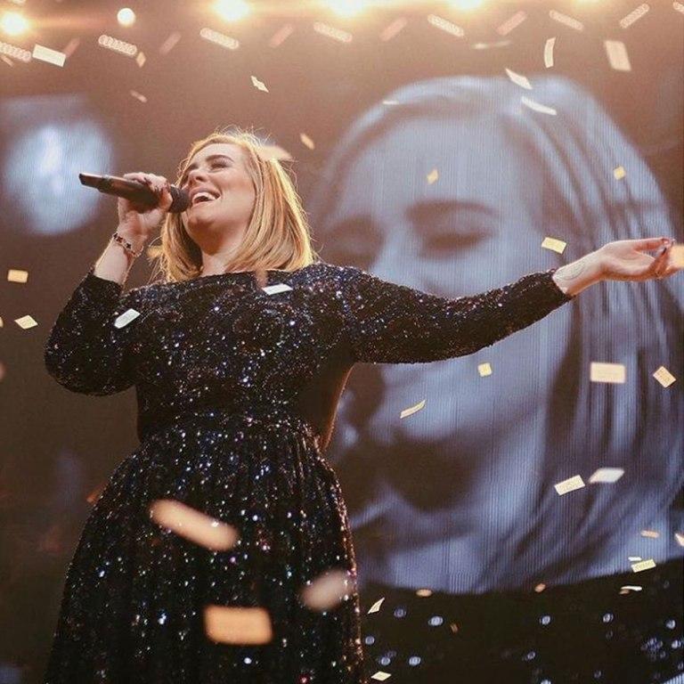 ¿Por qué los fans de Adele piensan que tiene un nuevo novio?