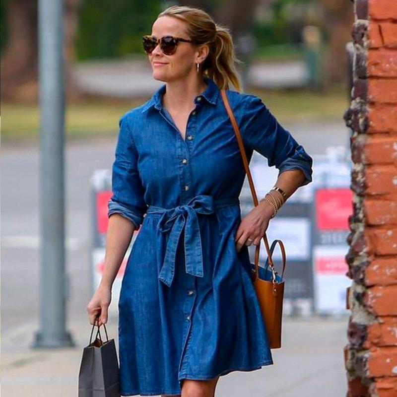 Esta es la regla de moda que Reese Witherspoon no deja de usar