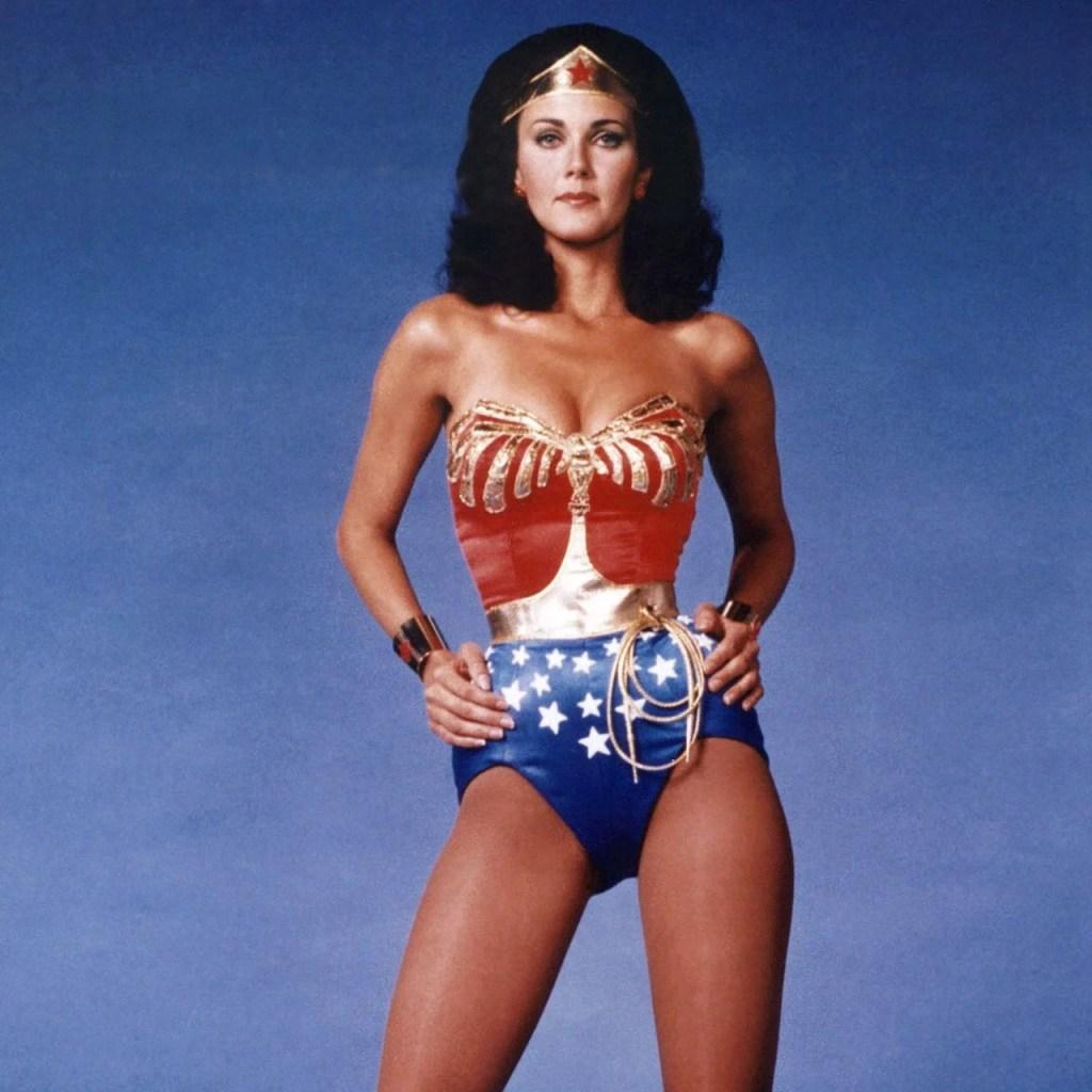 Conoce la colección de makeup inspirada en Wonder Woman y que te hará revivir los 80