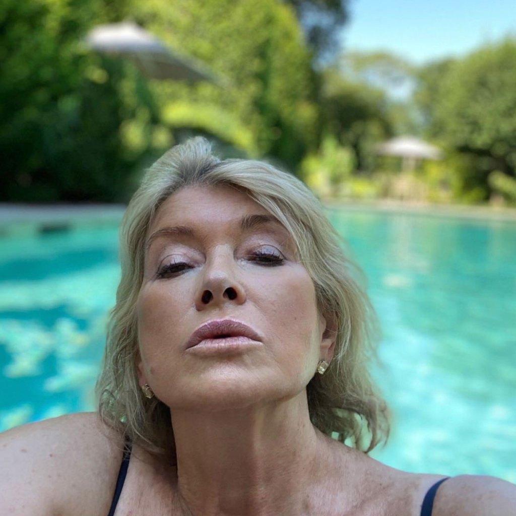#Goals: A mis 78 años espero verme como Martha Stewart en esta selfie