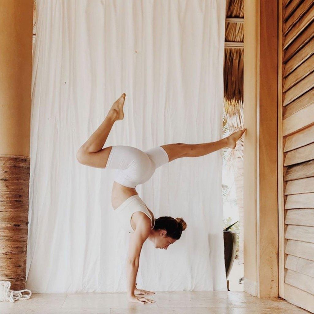 La rutina de yoga que necesitas para darte un break del estrés