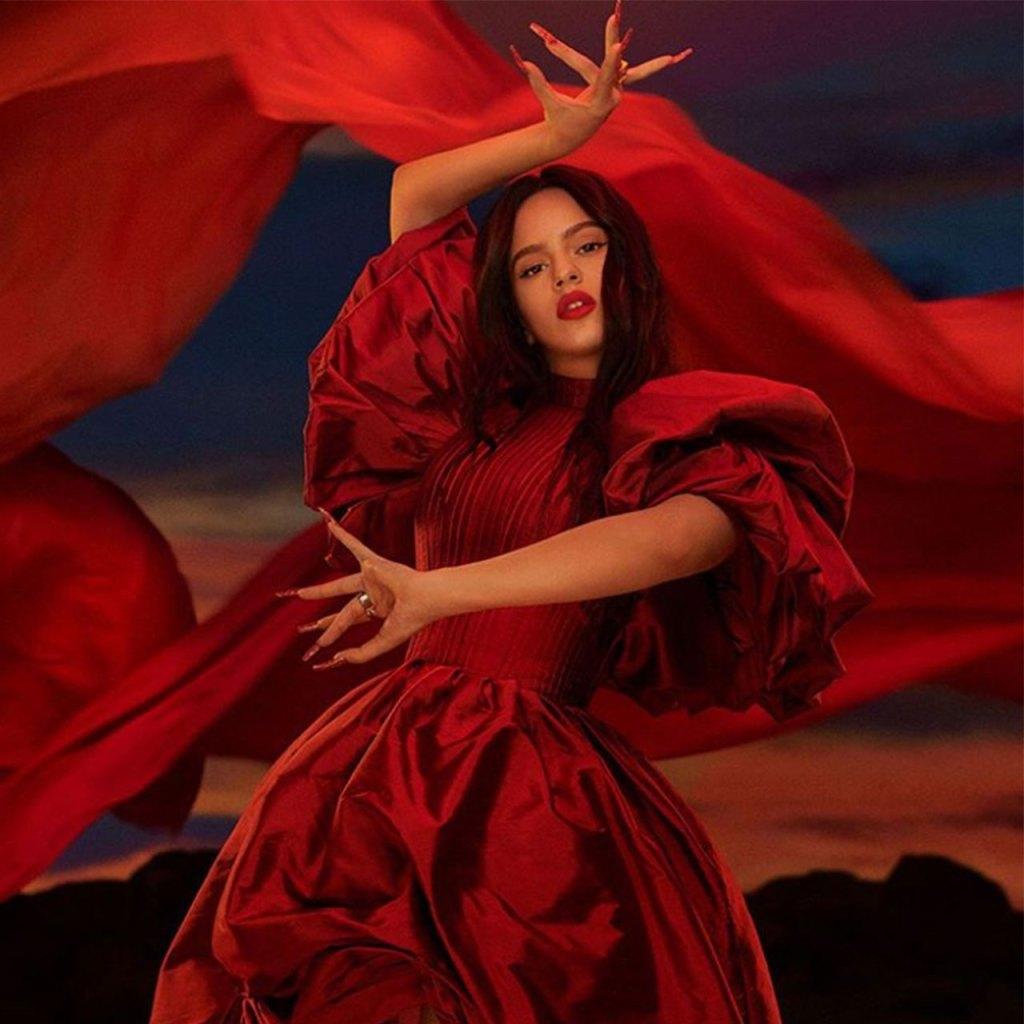 Rosalía y MAC lanzan el lipstick rojo de tus sueños (con causa benéfica)