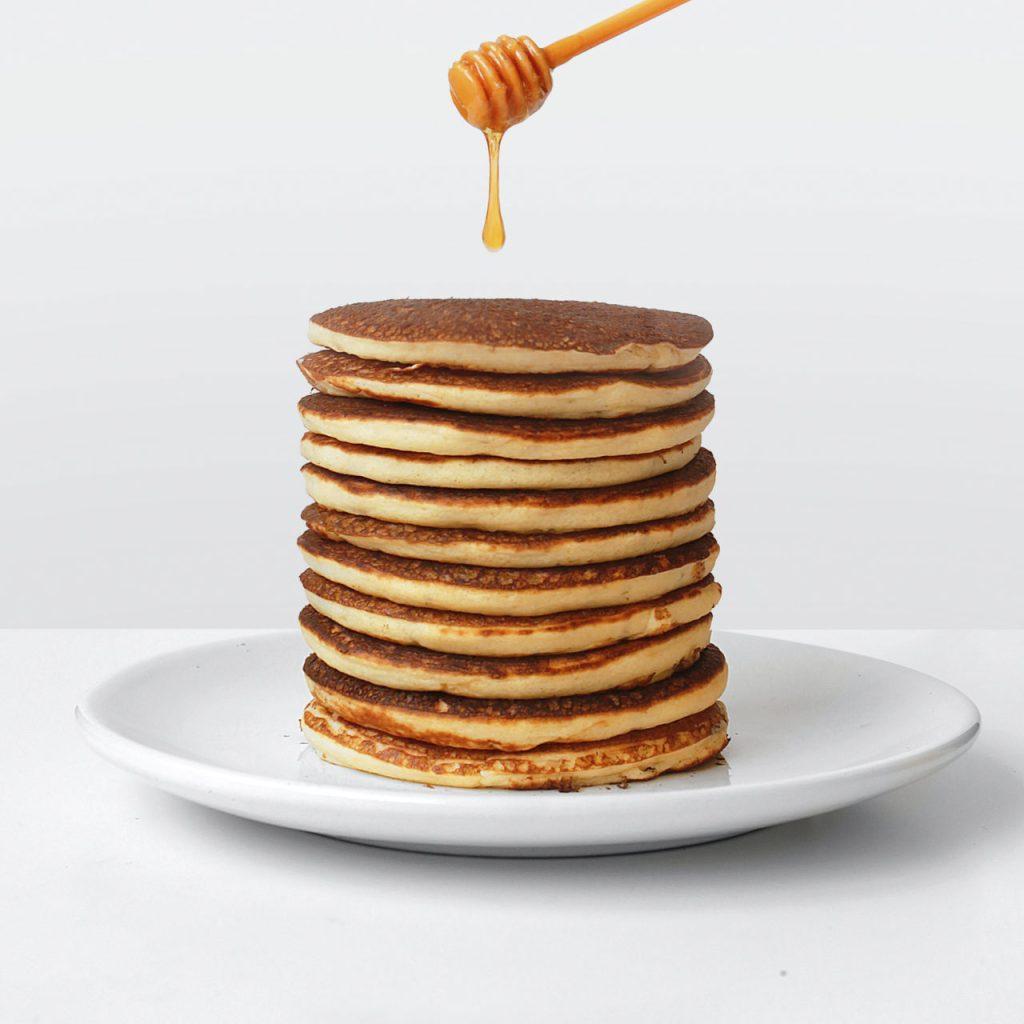 La receta más sencilla de pancakes caseros para el desayuno