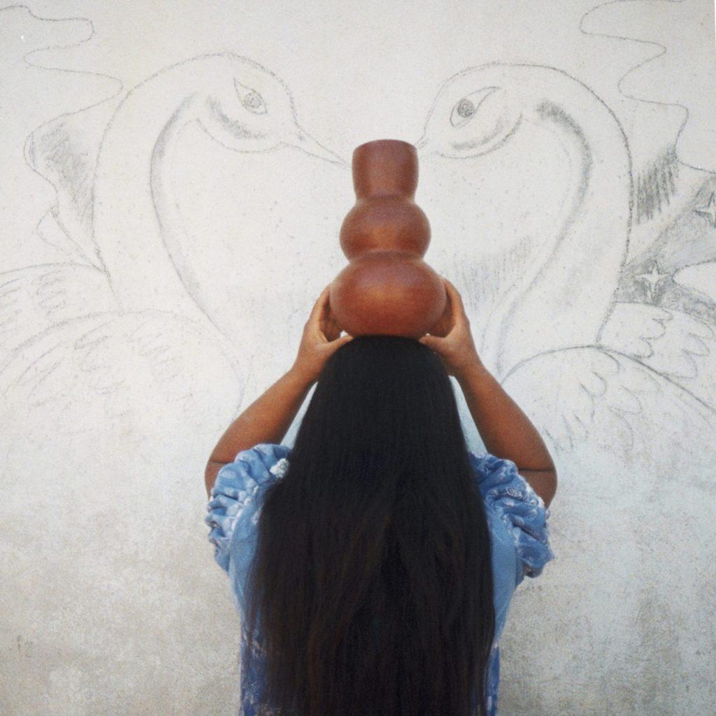 Esta marca deco combina perfecto el arte con las técnicas tradicionales mexicanas