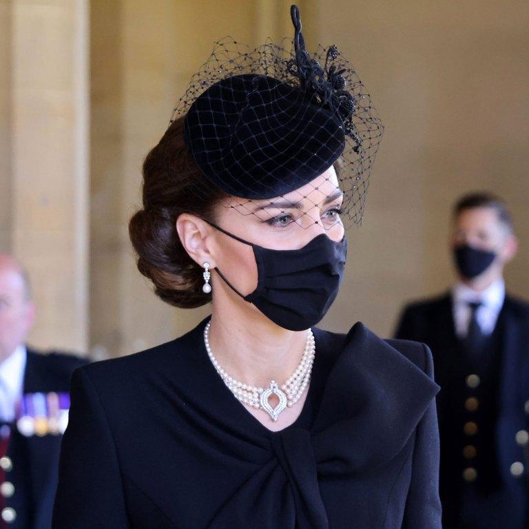 Kate Middleton usó un collar con un significado especial para el funeral del príncipe Felipe
