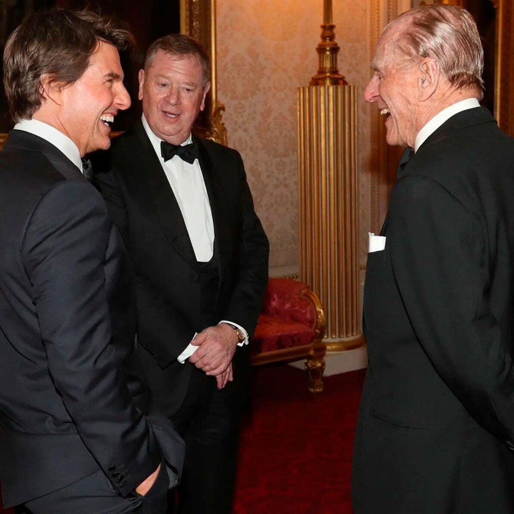 El día que Tom Cruise hizo reír (mucho) al Príncipe Felipe